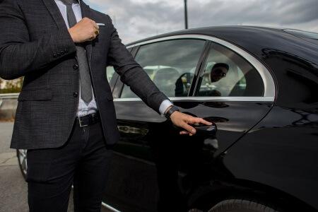 chauffeur service glendale az